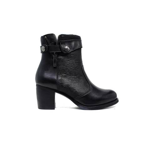 Polvere ankle boots woman low heel M17 / R black calf leather