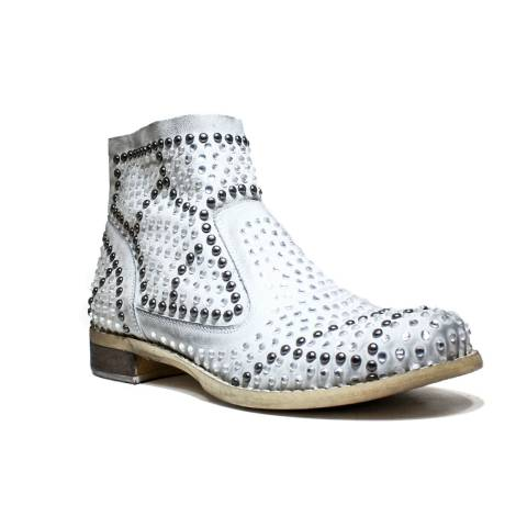 a044c09897a4 Illusion Women s Low Heel Ankle Boots White FB256