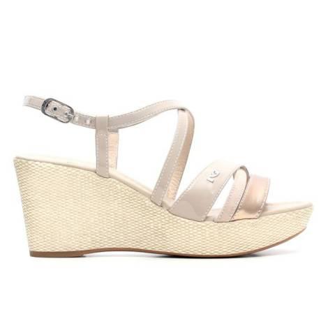 Nero Giardini Sandalo Donna Con Zeppa Alta Pelle Articolo P615621D 410 Sabbia Laminato