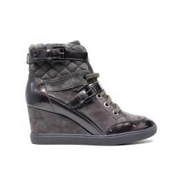 Geox sneaker D Eleni C in pelle e camoscio colore noce articolo D6467C 021HI C6004