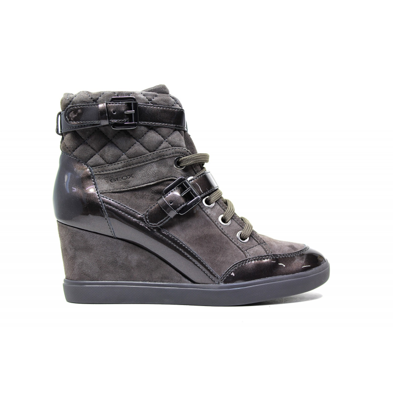Geox sneakers D Eleni C for women in chamoise leather nut color article D6467C 021HI C6004