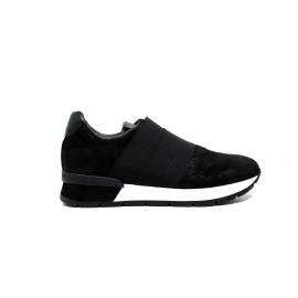 Janet Sport Women's sneakers with low-heeled shoes 38800 black / black diablo f 265