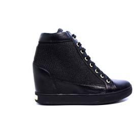 Guess sneaker nero con zeppa interna articolo FLFRI1 FAM12 BLACK