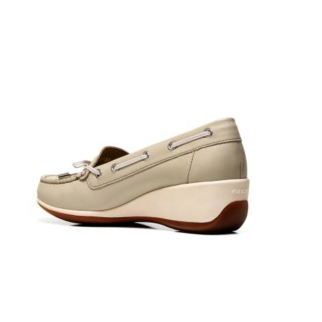 Acquista GEOX mocassino donna D621SA 00085 C6738 color taupe