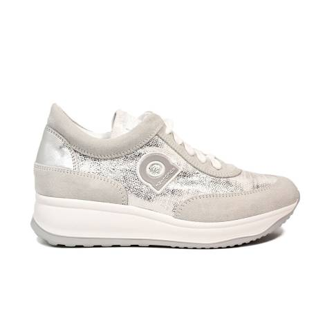 Agile by Rucoline sneaker stringata con zeppa color argento articolo 1304-83012 1304 A MICRO RIND