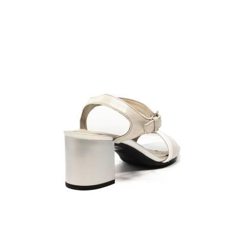 Geox sandalo con tacco medio colore bianco argento articolo D724XB 0SKBC  C0434 07dd7548349