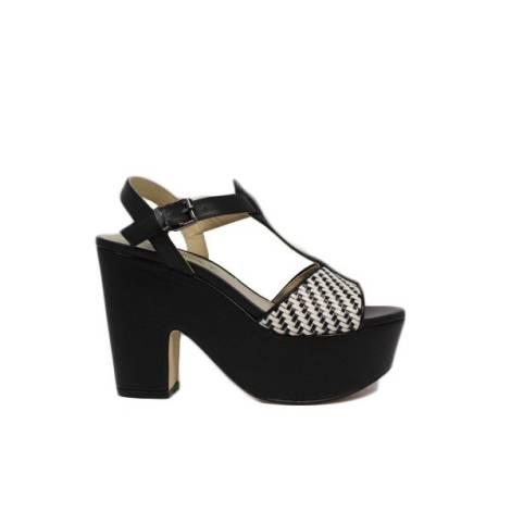 Luciano Barachini sandals
