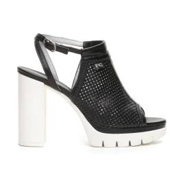 Nero Giardini sandal upper leather perforated colored black woman Article P717760D 100