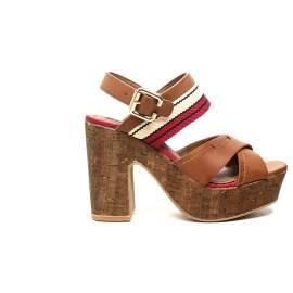 Wrangler sandalo con tacco alto colore cuoio articolo WL171670 W0028