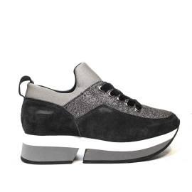 Fornarina sneaker donna con zeppa e glitter colore grigio articolo PI18SL1080VR01