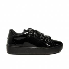 Guess sneaker low gloss model with laces in satin black for women article FLURN1 ELE12 BLACK