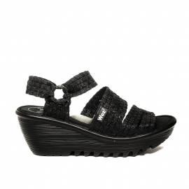 Woz sandalo nero con elastico e zeppa articolo UP689