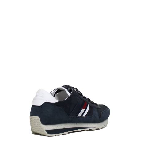 Tommy Hilfiger Sneaker with white inner wedge article