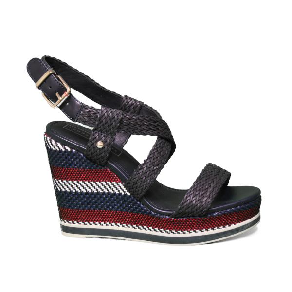 Tommt Hilfiger sandalo con zeppa alta di colore blu FW0FW03942 403