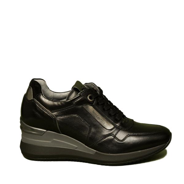 Nero Giardini sneaker donna con zeppa alta colore nero articolo A9 08861 D 100
