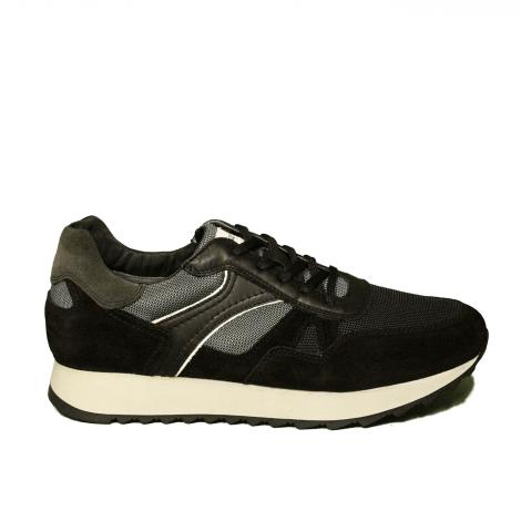 Nero Giardini sneaker uomo in camoscio colore nero articolo A9 01220 U 100
