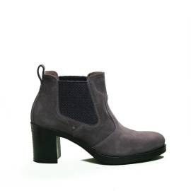 Nero Giardini Tronchetto Woman leather heel with medium charcoal article A9 08820 D 103