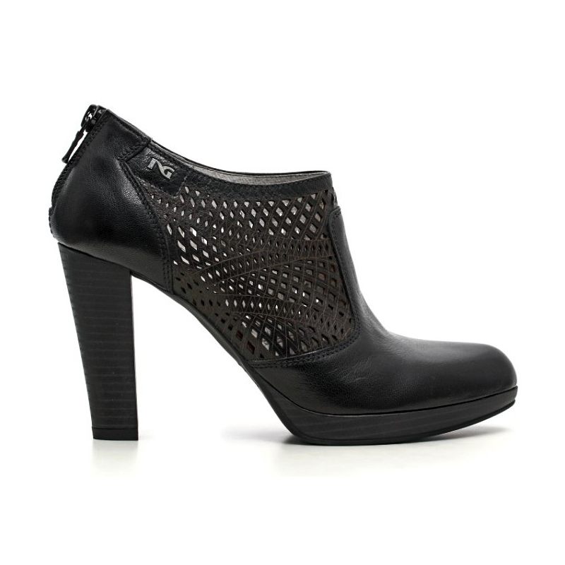 Vera Gomma Shoes Online